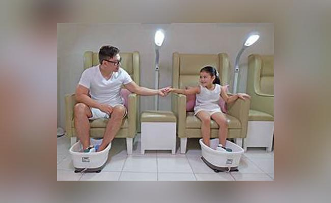 Pamper Dad with an In-House Spa Day