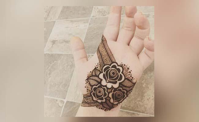Leaves and Dark Flower Mehndi Design