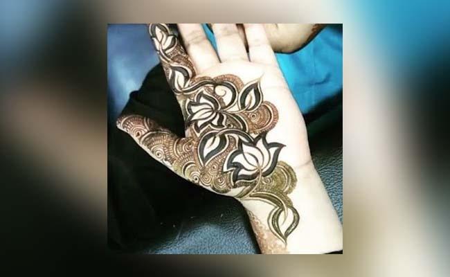 Lotus Flower Mehandi Design