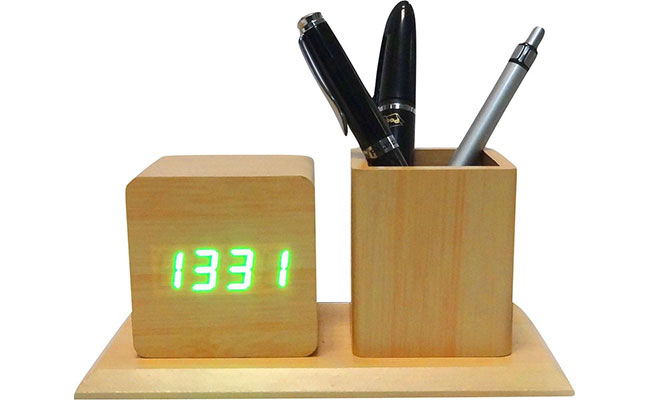Corporate Clock And Pen Stand