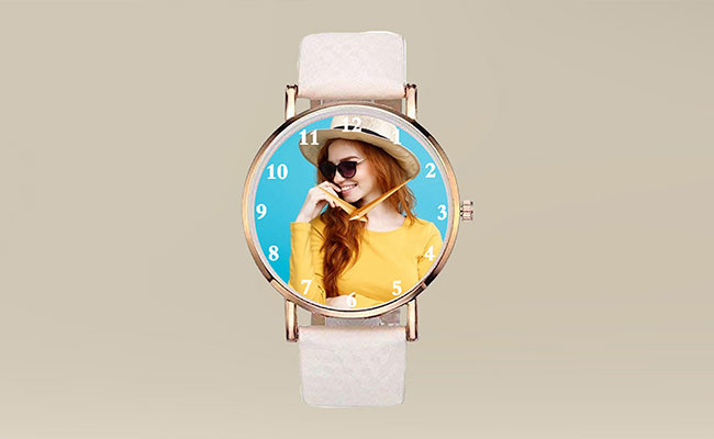 Personalised wristwatch