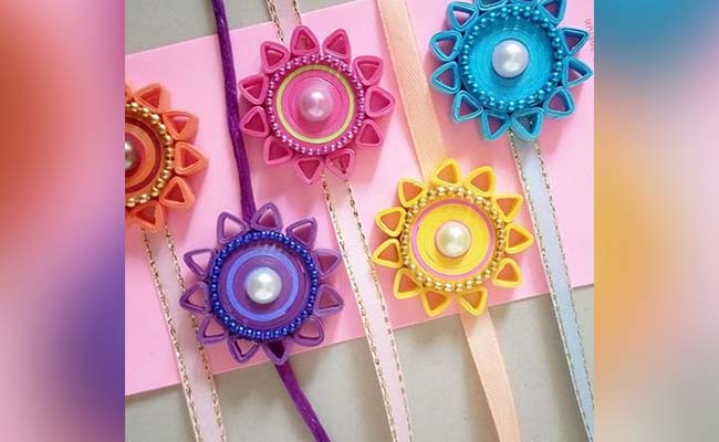 How to make a quill paper rakhi