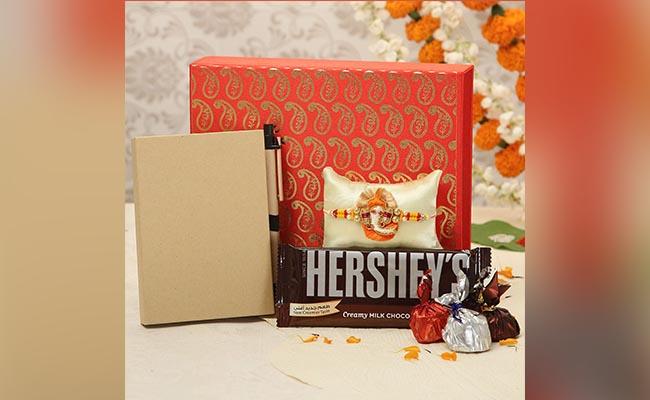 Themed Rakhi Gift Packaging