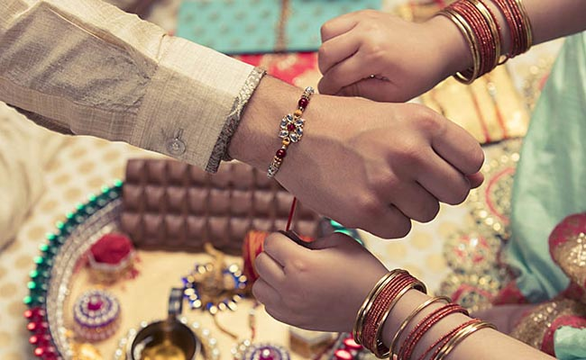 Love-Filled Rakhi Messages for Brothers and Sisters
