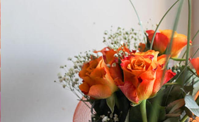 right time to send orange roses