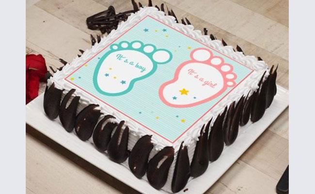 Baby Footprints Cake