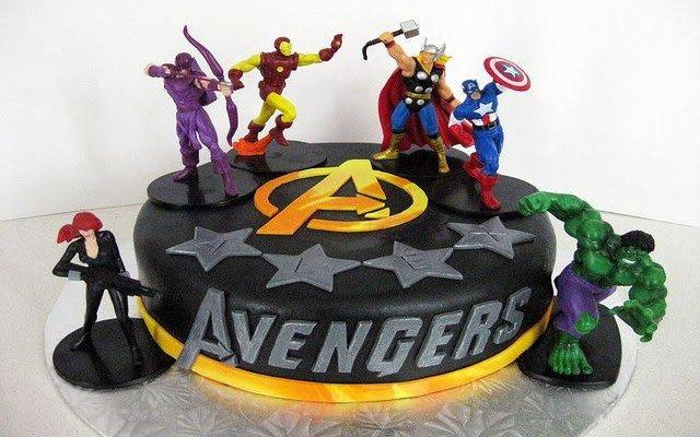 Avenger Lover Cake