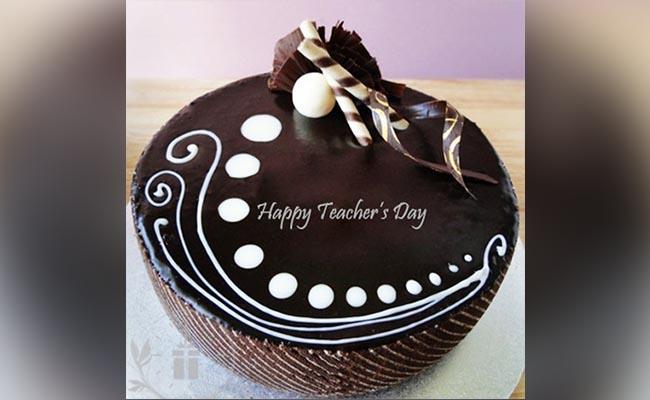 Send a cake surprise