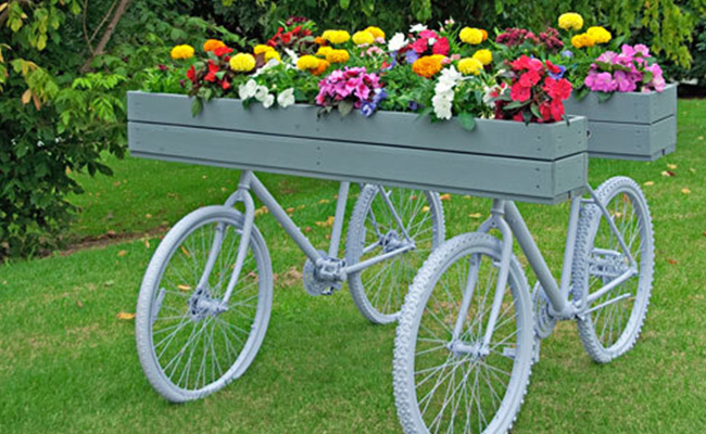 Turn Vintage Bicycle into Planter