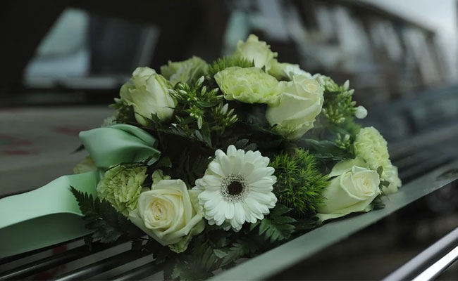 Types of flowers for funeral
