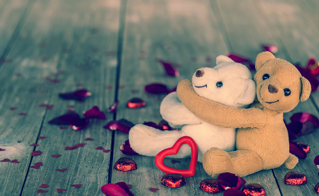 romantic combo with teddy gifts