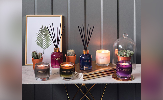 Candles and Diffusers as a New Year Gift