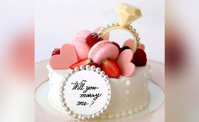 Valentine Proposal Cake