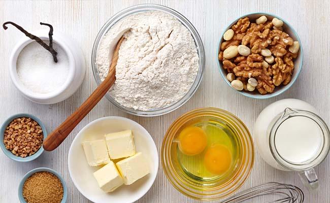 Ingredients For: Vanilla Cake