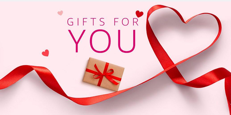 Valentine Celebration With Personalied Gifts